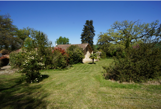 La Garrigue garden and house.png